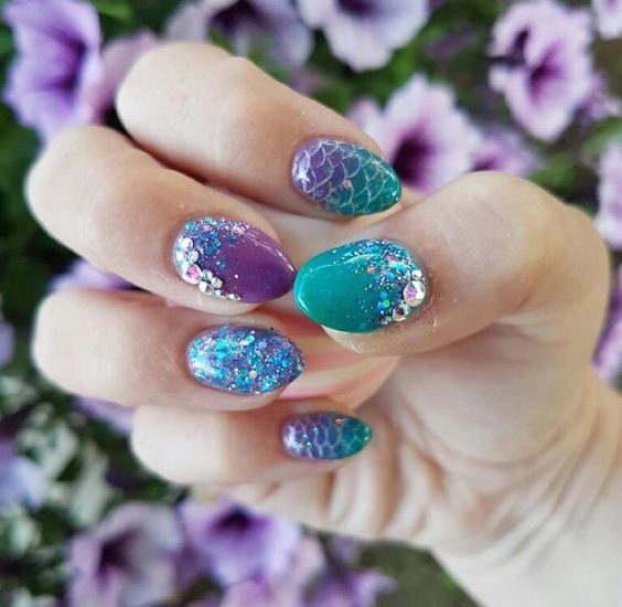 20 Nail designs for siren lovers